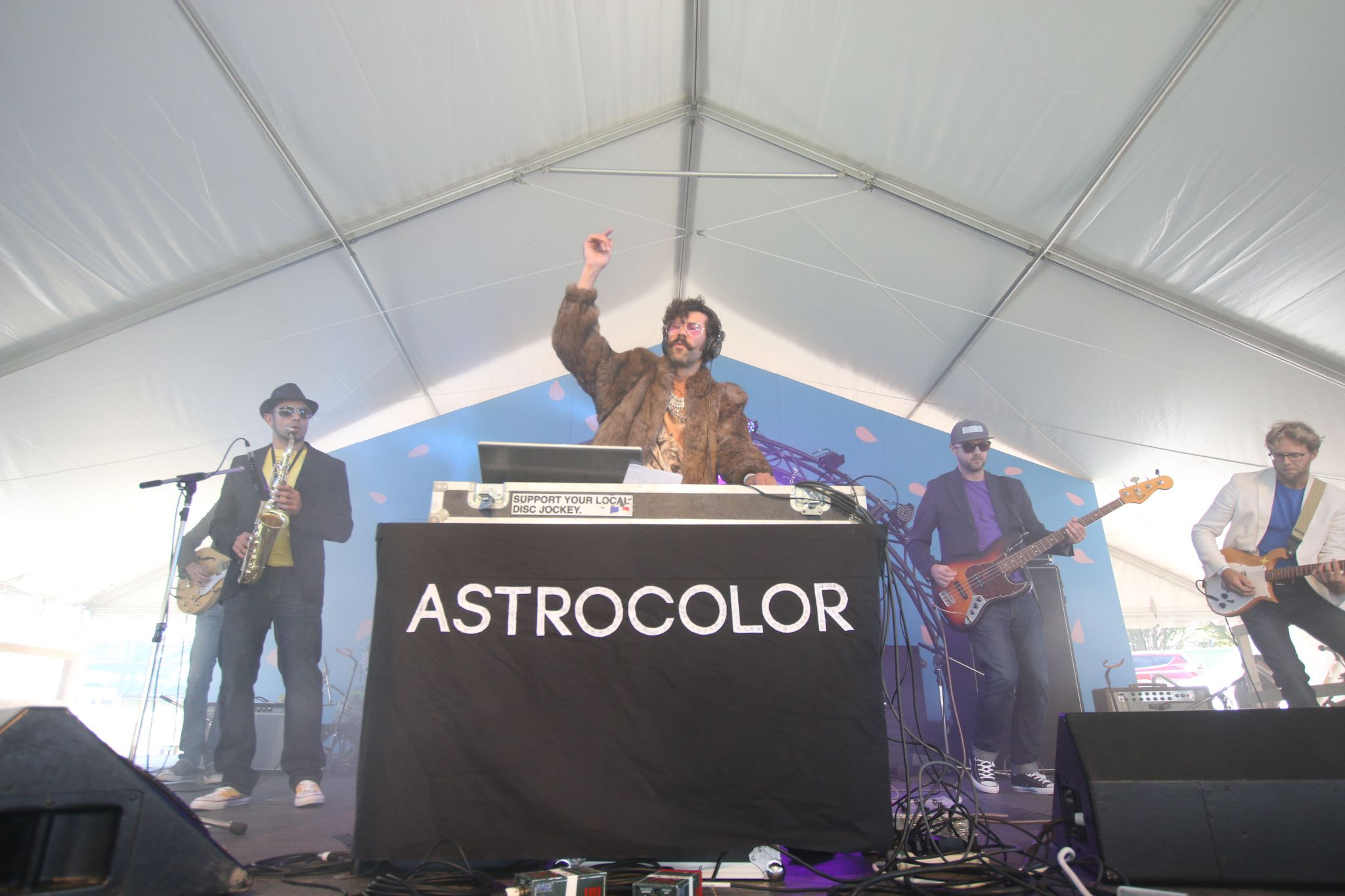 Astrocolor - photo by webmeister Bud